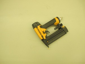 01-1004 Bostitch Brad Nailer- 18 gauge air tools